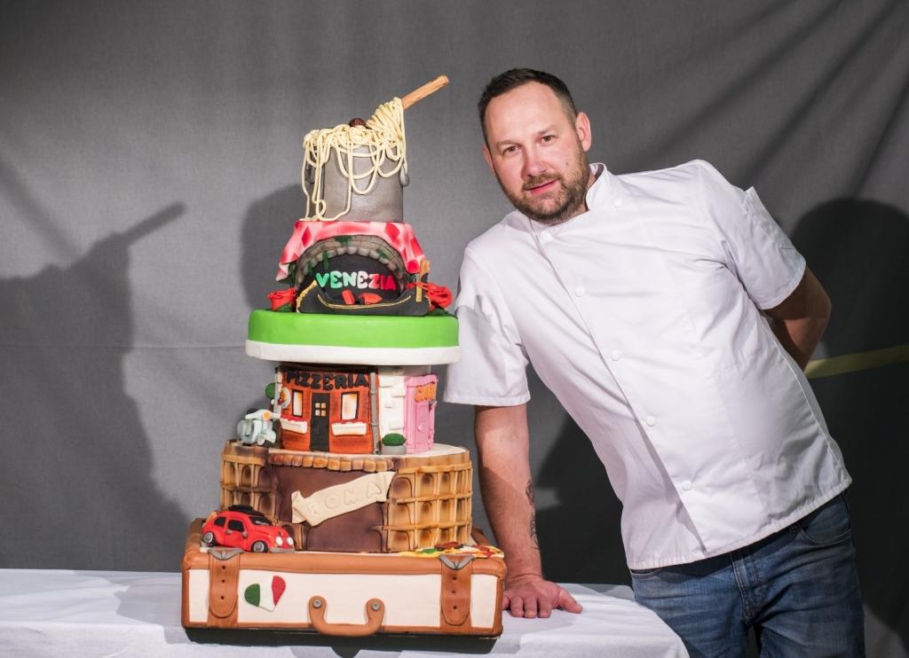 Florent_Faivre_laureat_concours_wedding_cakes.jpg